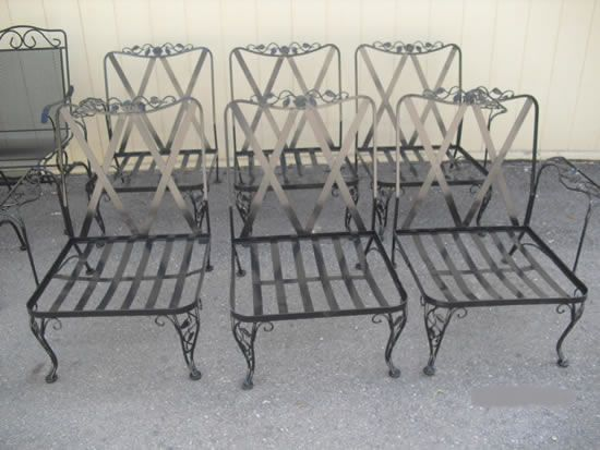 IDu0027d As Woodard Oakleaf. Could It Be Orleans? Find This Pin And More On  Vintage Wrought Iron Patio Furniture ...