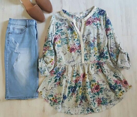 35e5896ab7c140 The Katie Grace Boutique Floral Blouse, Floral Tops, Ladies Wear, Women  Wear,
