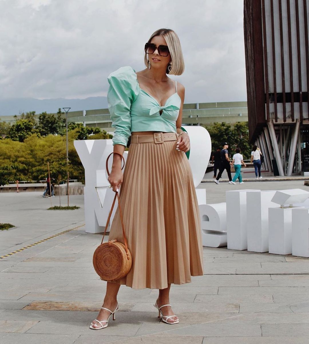 Find Out Where To Get The Skirt Skirts Buy Skirts Midi Skirt