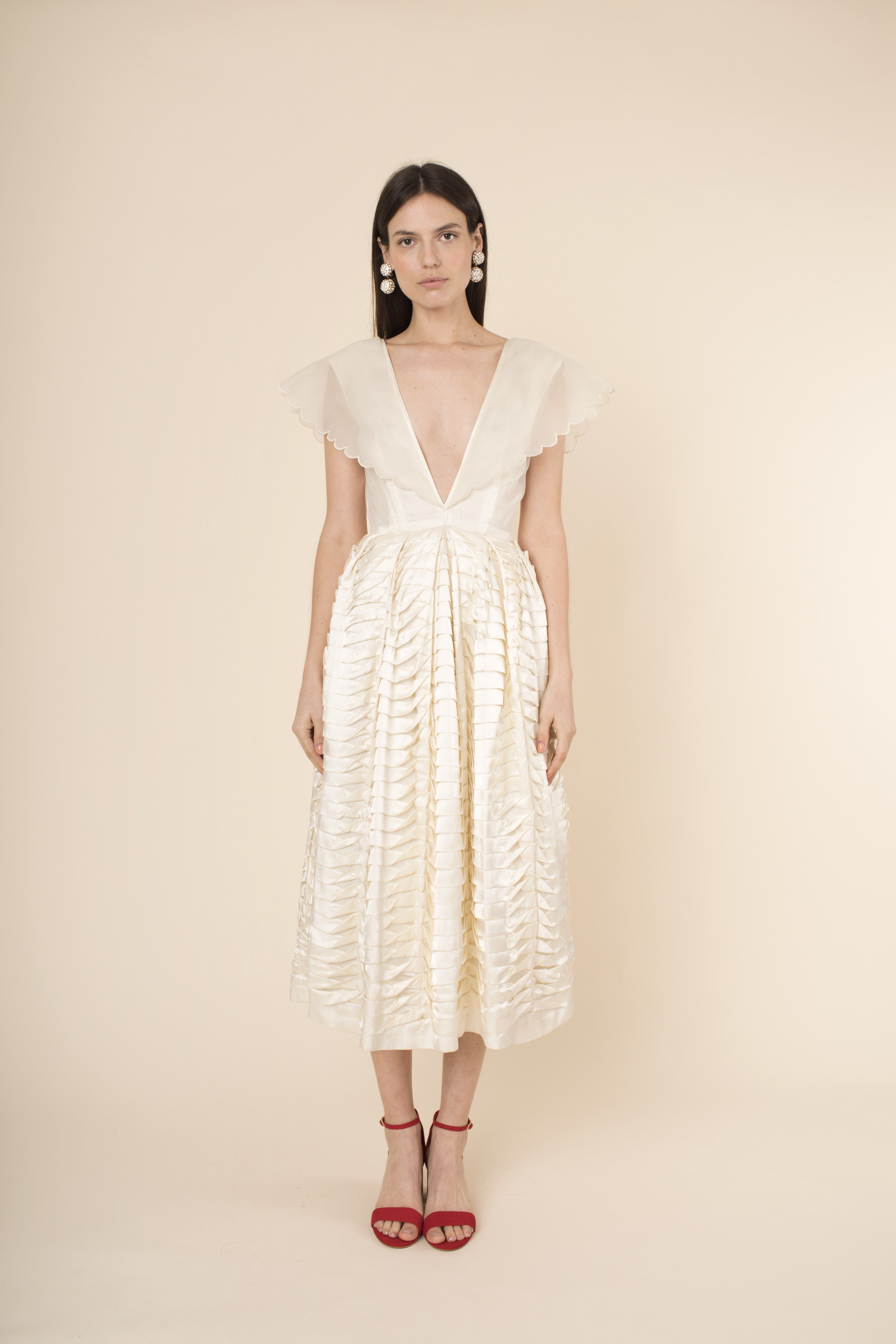 1940s style wedding dresses  These  Vintage Dress Styles Are Making A Comeback  Wedding Dresses