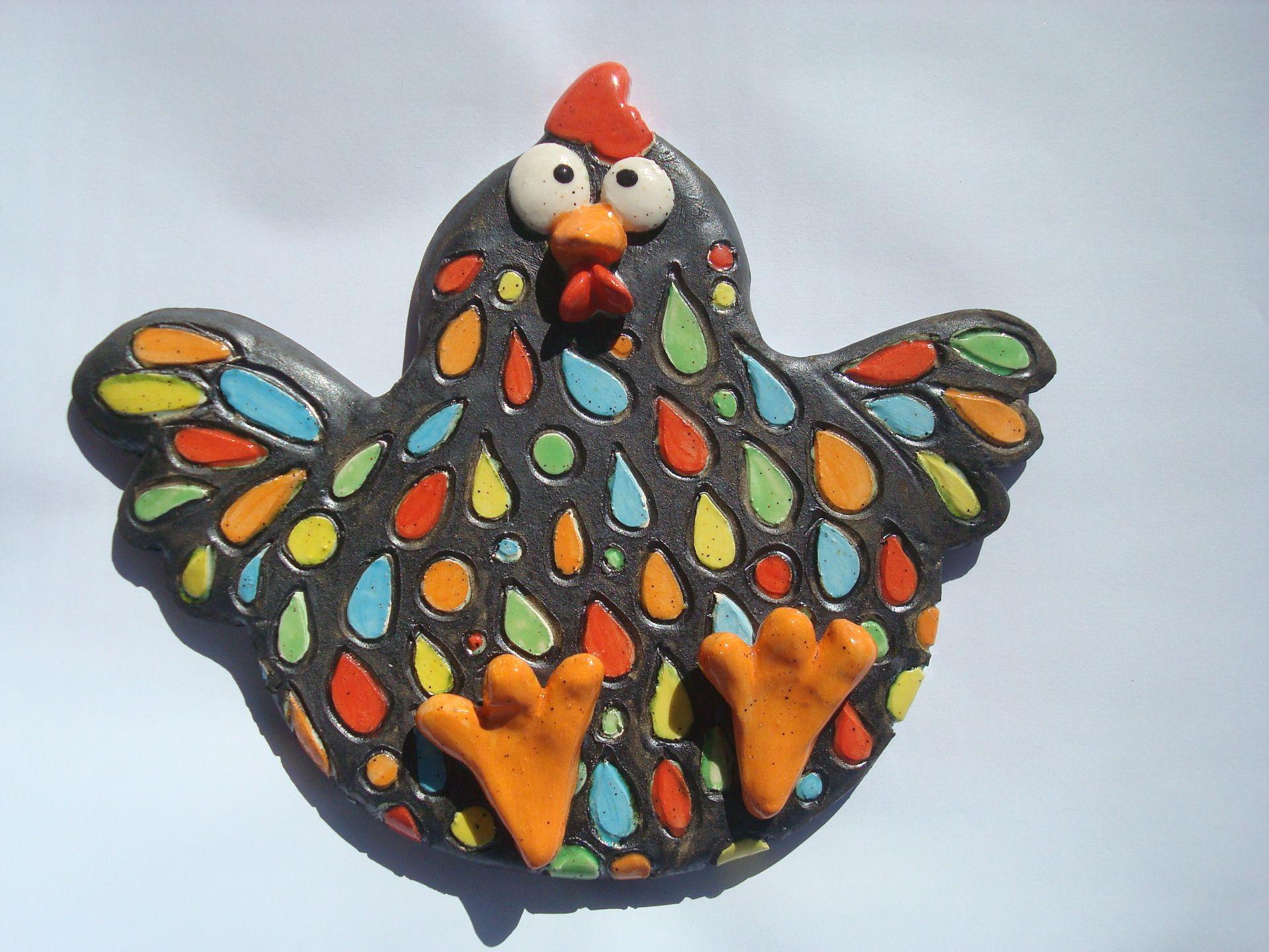 Poule noire en c ramique maill multicolore la mani re for Knetbeton selber mischen