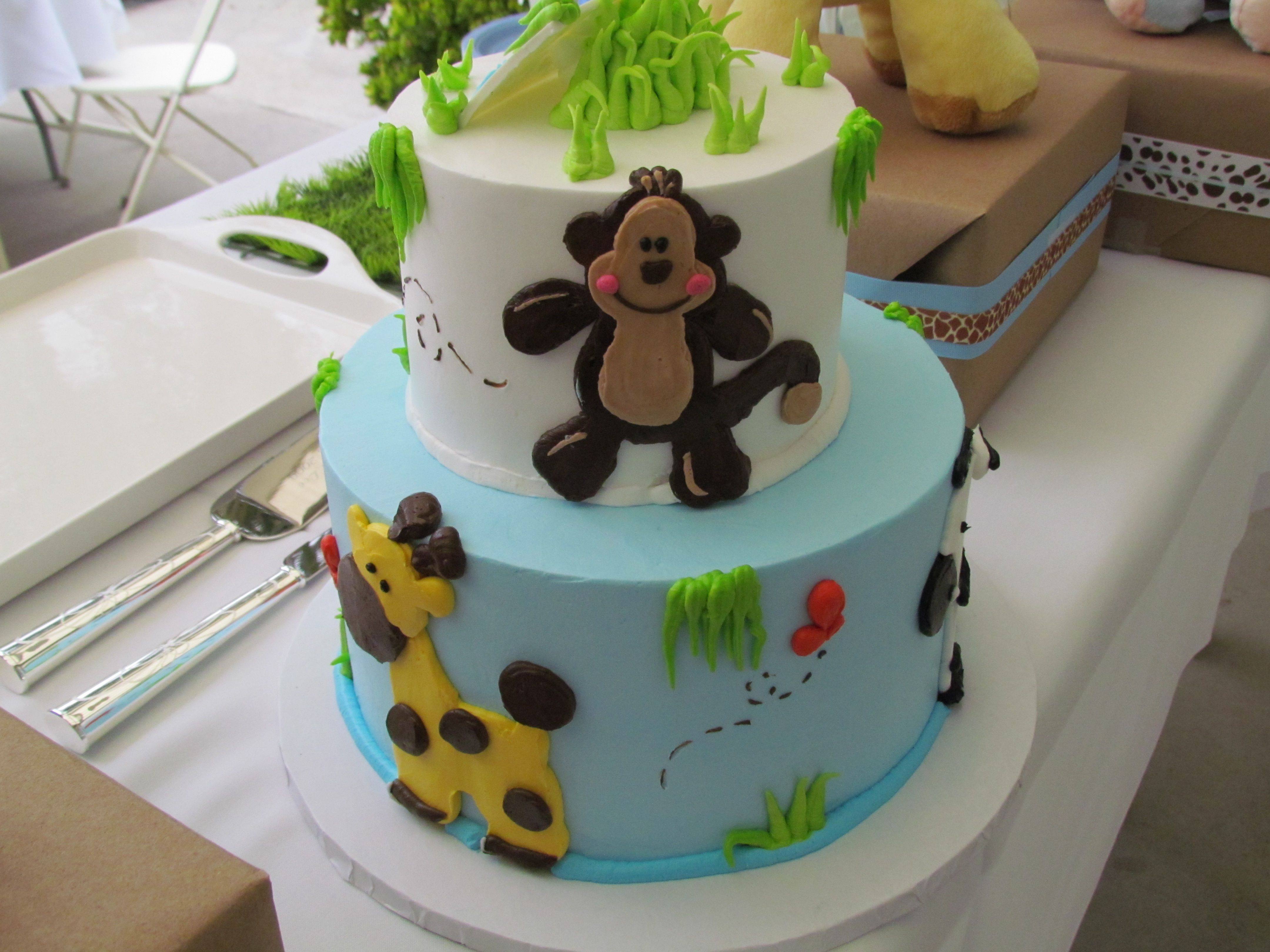 Jungle Themed Cake Cake From Great Dane Bakery In Los Alamitos