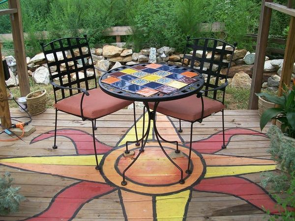 Very Pretty Painted Deck Design!