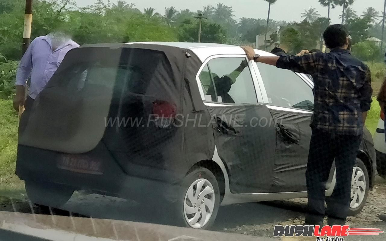 new #hyundai small car (2018 #hyundaisantro) spied for the first