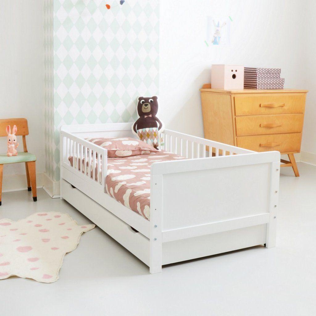 Lit Enfant 2 Ans Blanc Bois Petite Amelie Lits Enfant Lit