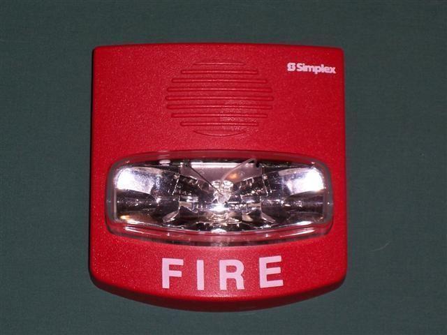 NEW SIMPLEX FIRE ALARM STROBE 4904-9333 V/O Non-Addressable