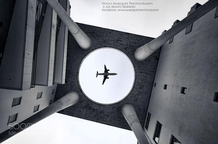 for more wallpapers http://ift.tt/1WArfgQ and http://ift.tt/1WGbQM8 aeroplaneairaircraftairplaneairshowarchitectureaviationb&wbuildingcityflightflyflyingjetplaneskystructuresunset