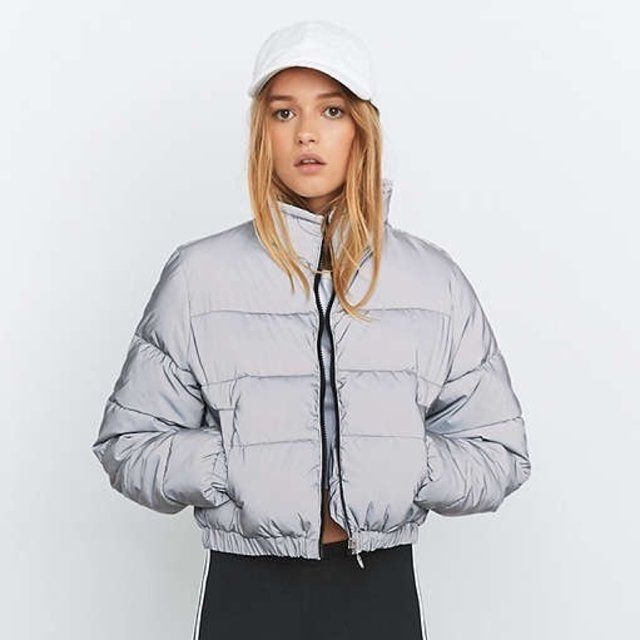 selling silver grey fila reflective cropped puffer jacket only worn once open to offers but. Black Bedroom Furniture Sets. Home Design Ideas