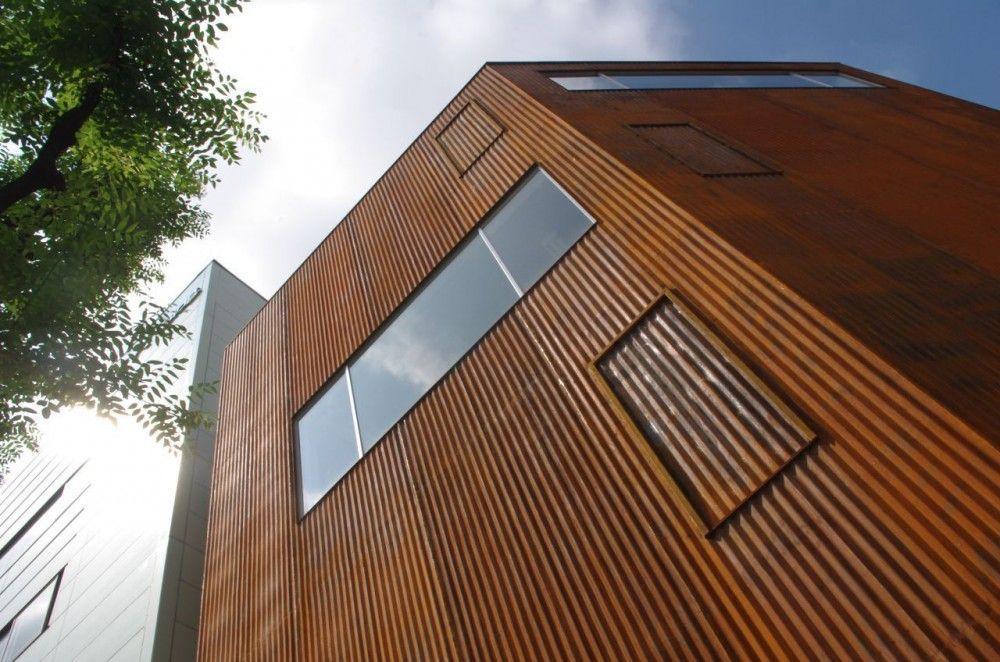 Gallery Of Iron Gallery Kensuke Watanabe Architecture Studio 7 Architecture Steel Architecture Corten Steel