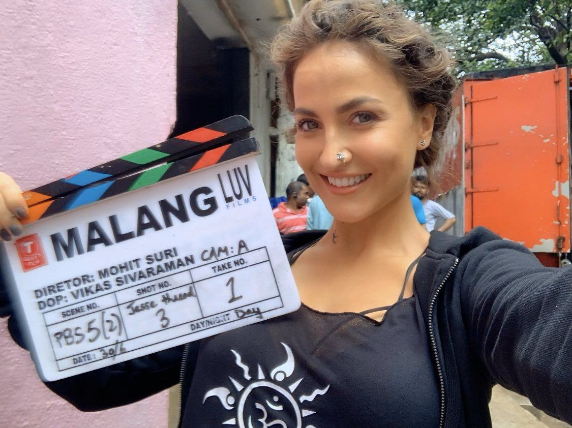 Malang Exciiiiiited Can T Wait For 7th February Clap Clap Clap Burrra Elliavram Bollywood Elliavr In 2020 Instagram Live Models Photoshoot Elliana Walmsley