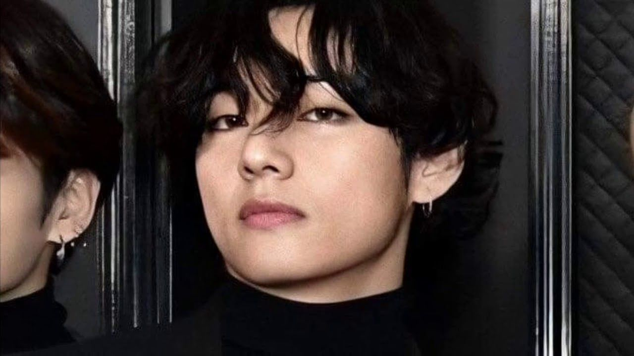 Kim Taehyung V Bts So Handsome And Hot In Grammy 2020 In 2020 Taehyung Kim Taehyung Taehyung Hot