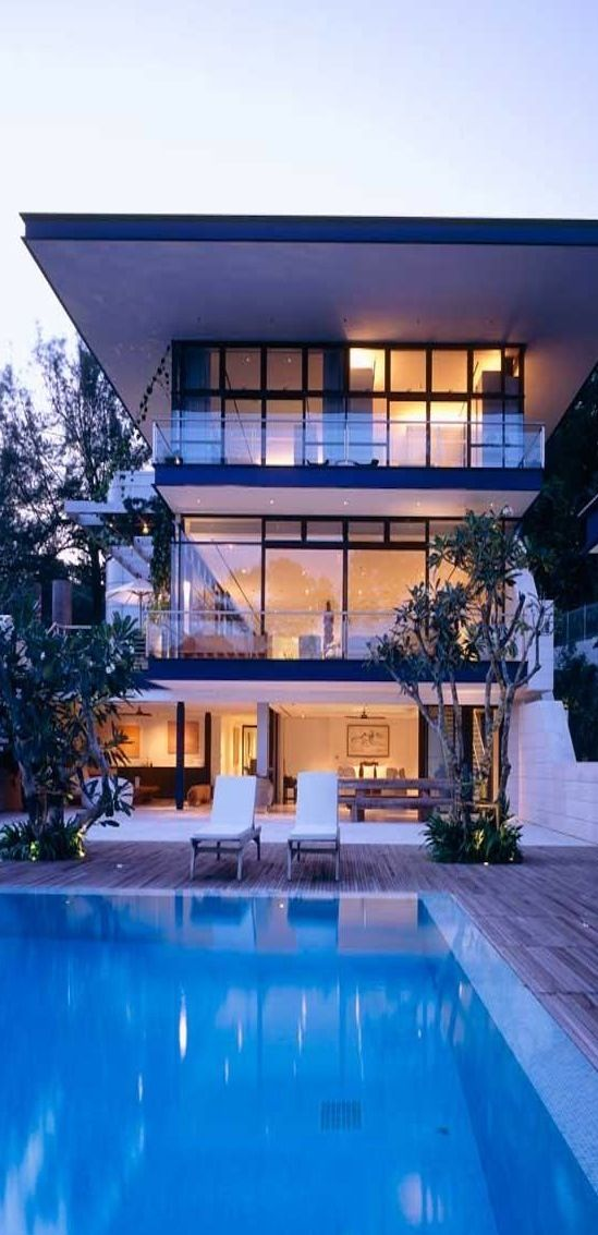 Modern 3 Storey House With Outdoor Pool 3 Storey House Design 3 Storey House House Exterior