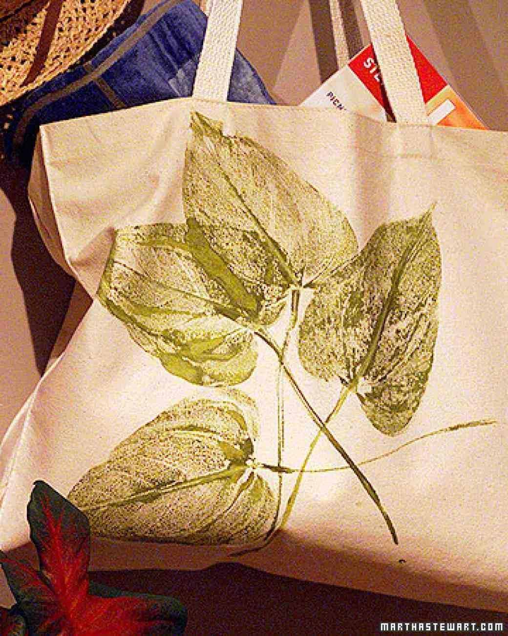 Leaf Print Tote Bag Leaf crafts, Printed tote bags, Crafts