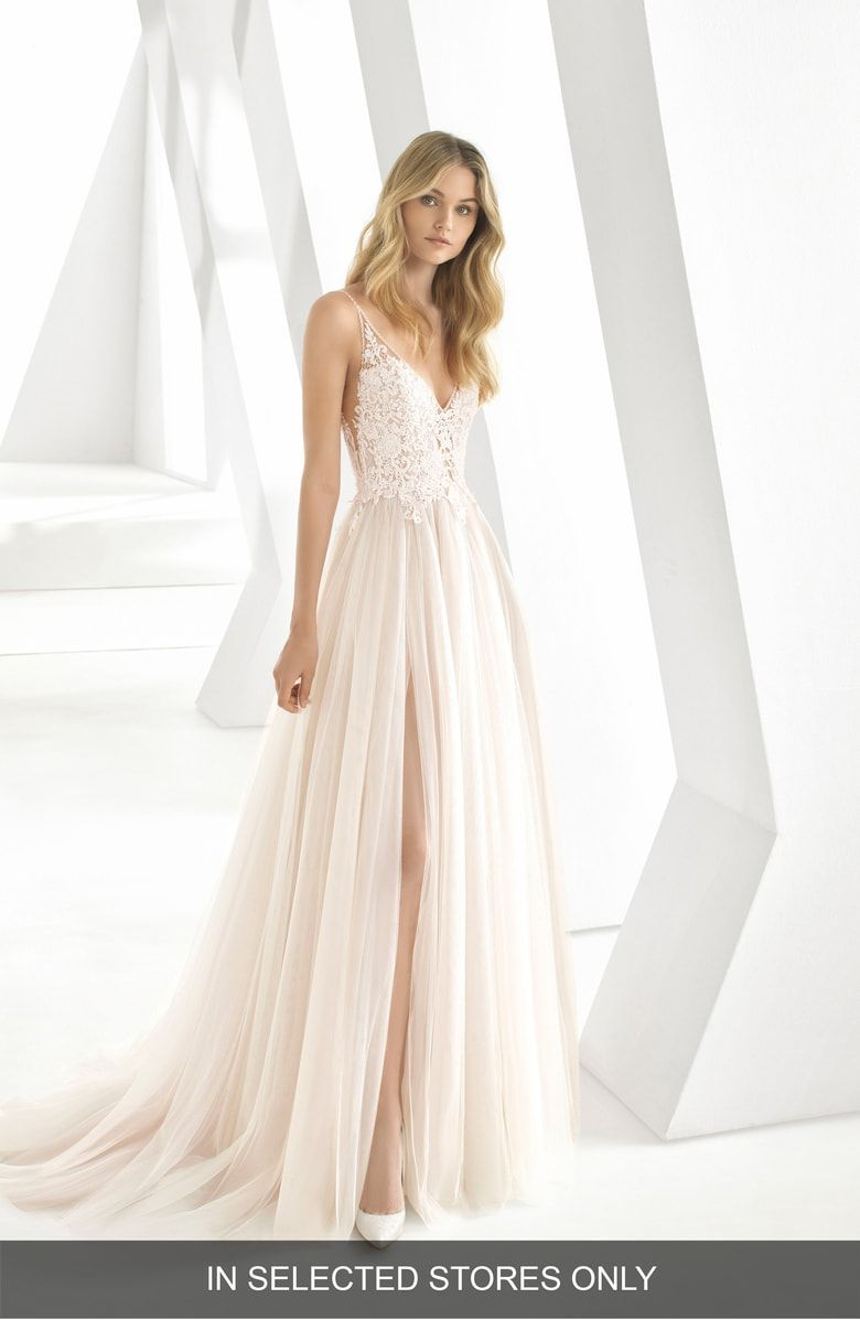 9fe2e7fdd7 Rosa Clará Donata Front Slit Lace   Tulle Wedding Gown