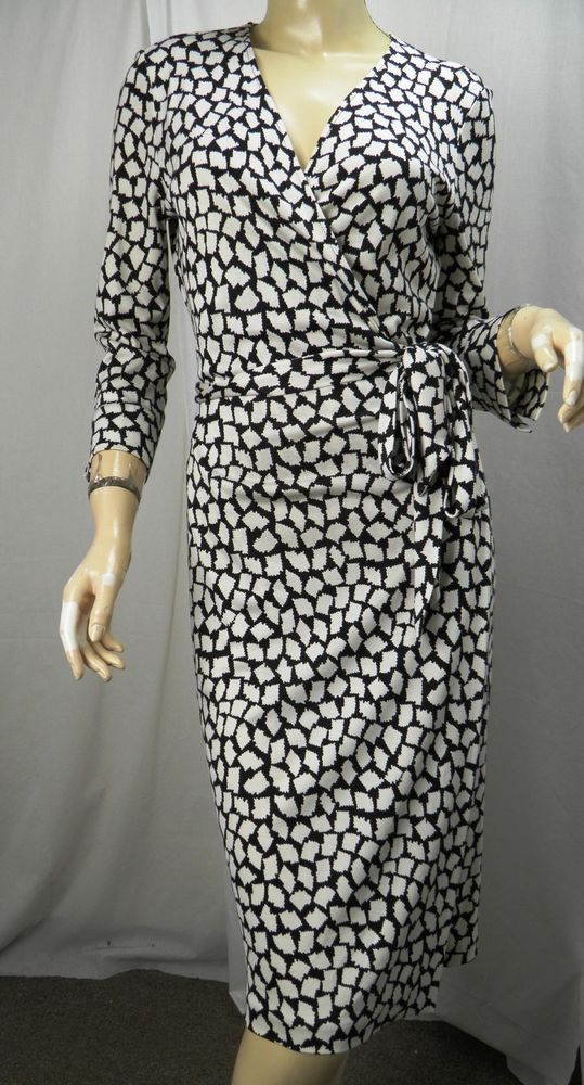 6b253ed140a5f DIANE VON FURSTENBERG Vintage Julian Black White Silk Jersey Wrap Dress sz  10  DVF  WrapDress