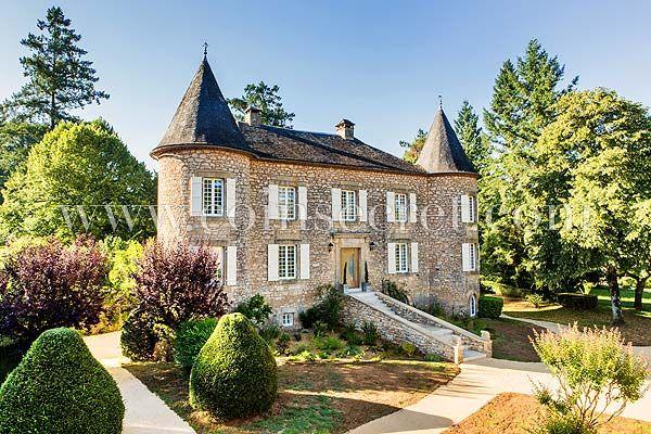 Location du0027un magnifique château en Dordogne avec piscine chauffée - location villa piscine couverte chauffee