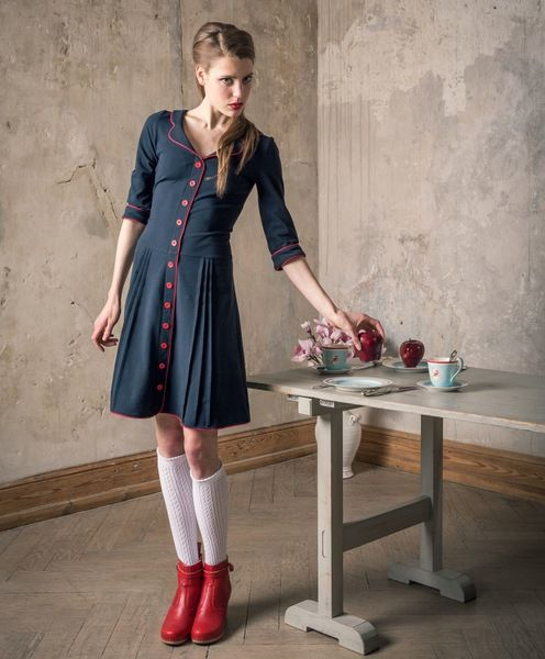 Marineblaues 60er Jahre Blusenkleid von Peppermint-Patty ...
