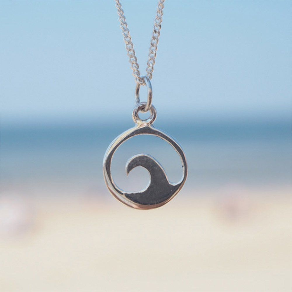 Single Wave Necklace Perfect For Surf Girls At The Beach