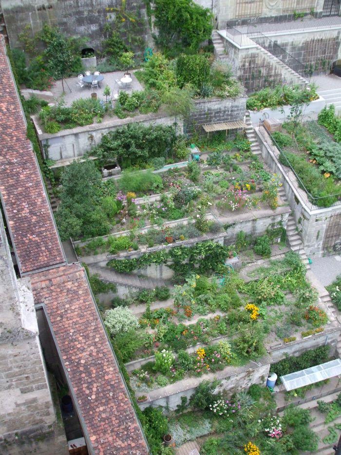 The Terraced Gardens Of Beatrice Von Wattenwyl Haus Bern