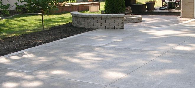 High Quality Standard Brush Finish Concrete Driveway
