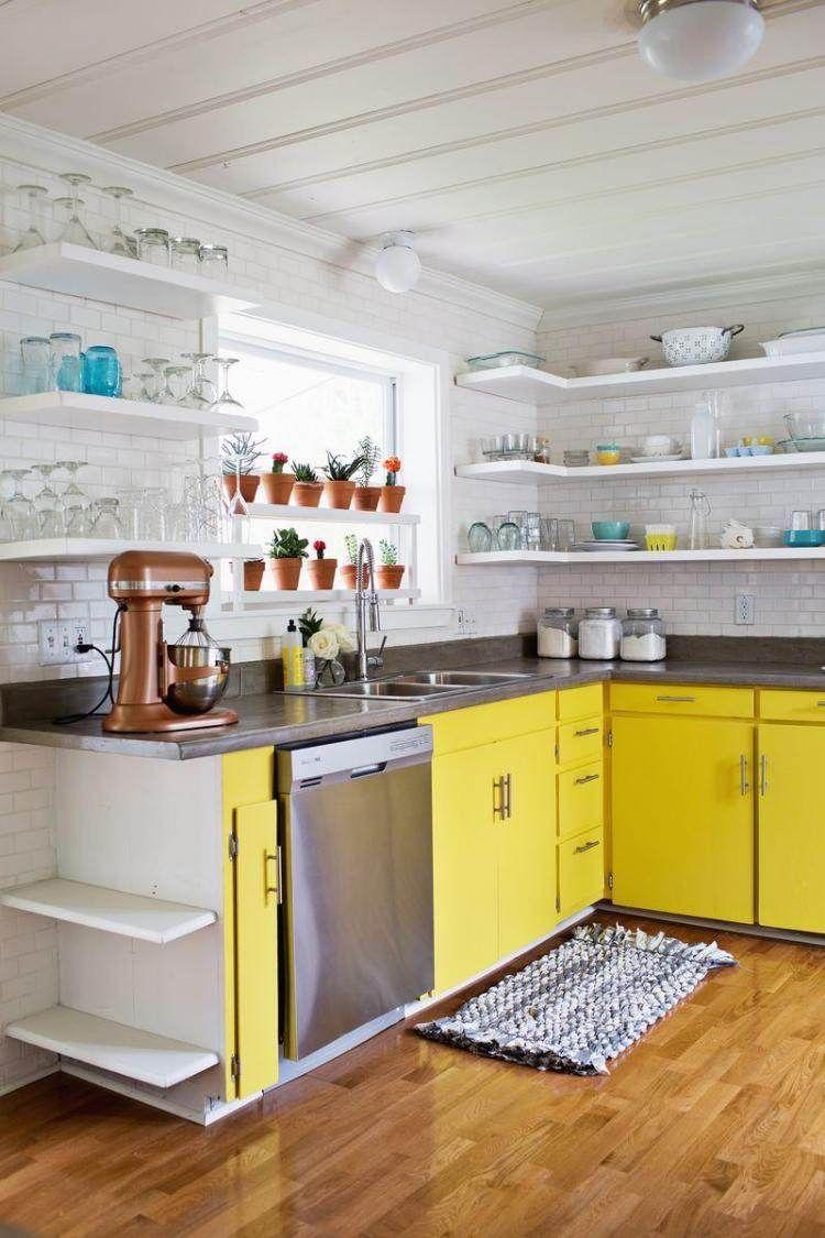 Vintage weiße Küche mit etwas Farbe erfrischen - gelbe Küchenfronten ...