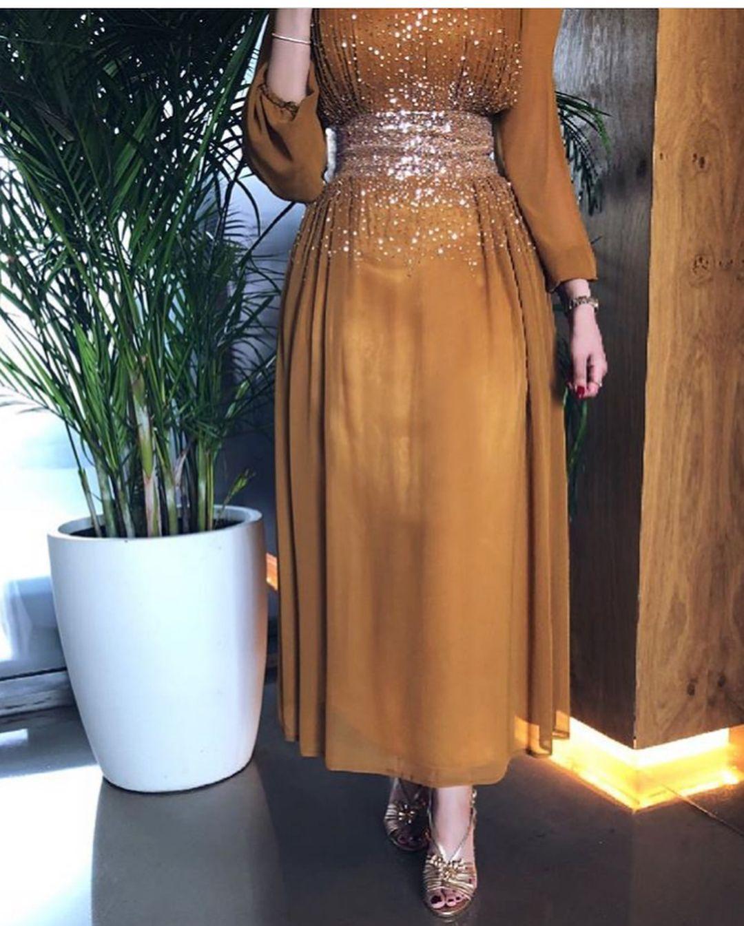 ماشاء الله تبارك الله هالأنسانه لو تلبس خيشه يطلع يهبل عليها كل قطعه تقول الزين عندي وش اكثر فستان عجبكم Soiree Dress Dresses Hijab Dress Party