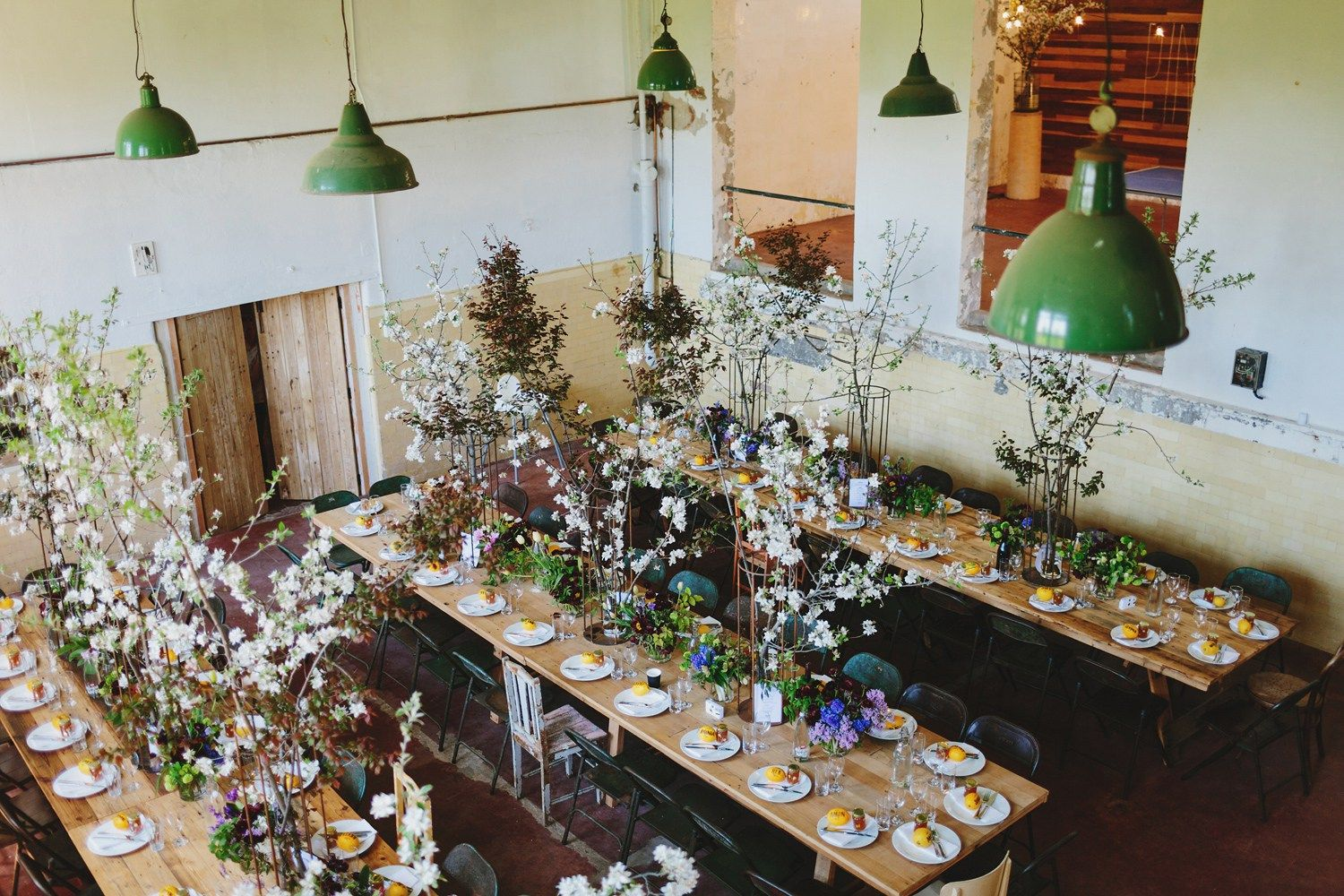 Rustic Wedding reception at old factory | fabmood.com #wedding #rusticwedding #factorywedding