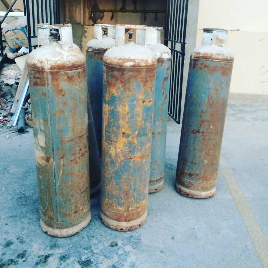 For Sale Cylinder Gas Big Size Nader Gas Price 35 Bd Fix Price للبيع سلندر حجم كبير غاز نادر السعر 35 Bd سعر نه Cylinder Decorative Jars Motor Oil
