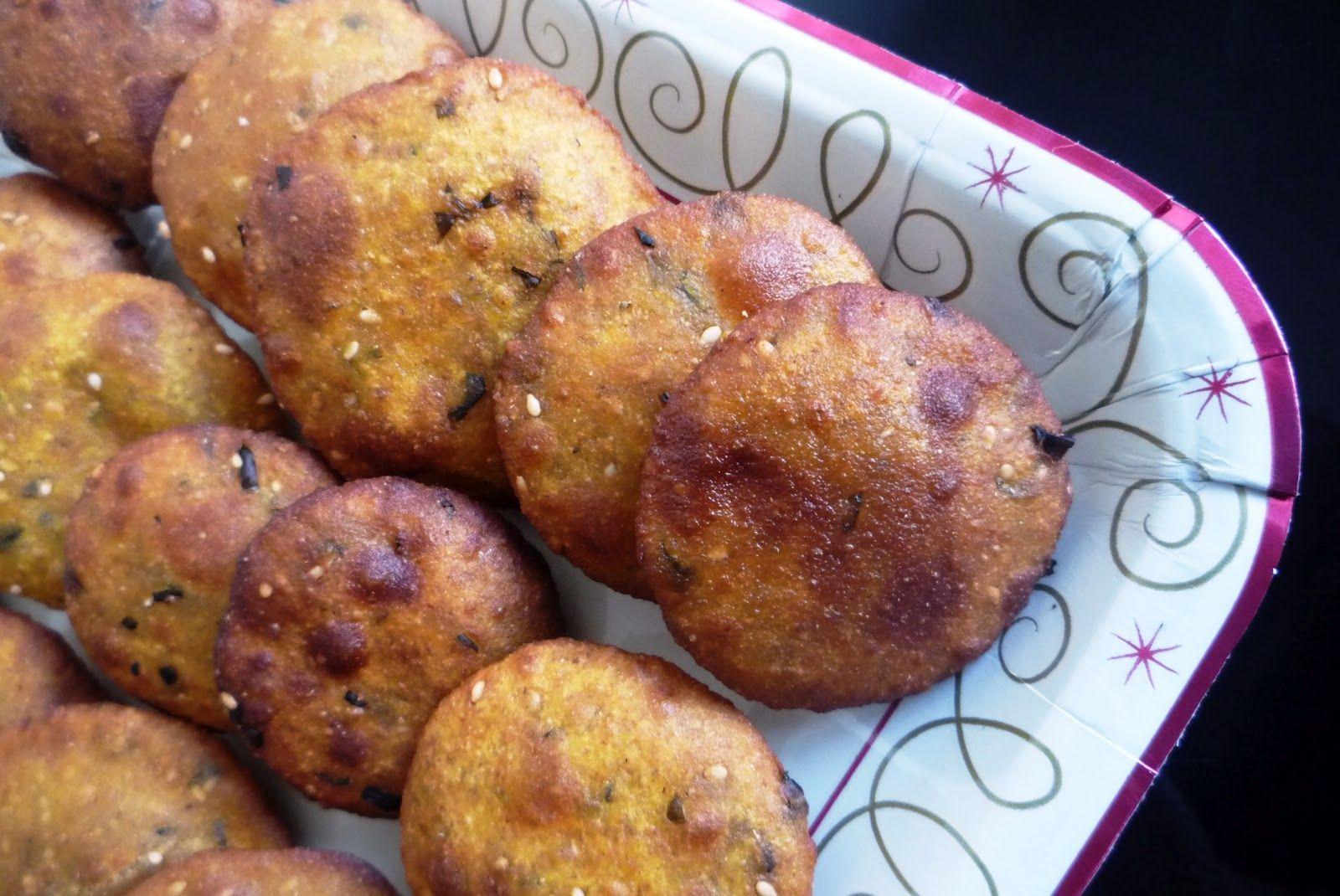 Gujrati bajri na vada gujarati style millet flour pakora food i jagrutis cooking odyssey gujrati bajri na vada gujarati style millet flour pakora forumfinder Gallery
