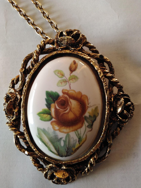 Vintage Large Cameo Brooch Pin Necklace Rose Goldtone