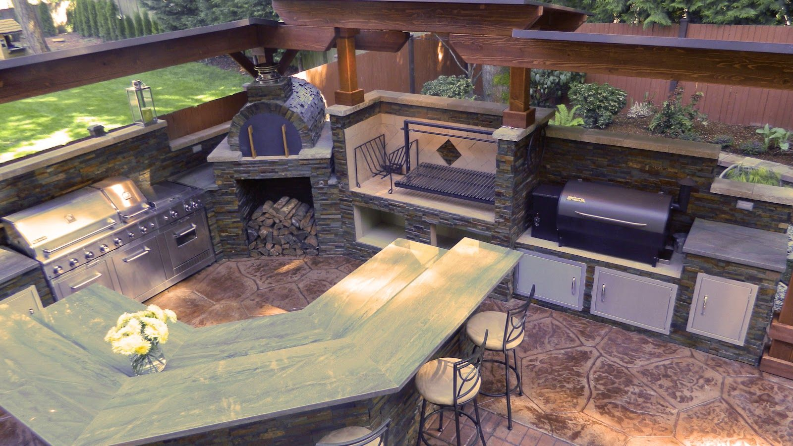 Kitchens With Brick Pizza Ovens Outdoor Kitchen With Argentinian Grill Brickwood Pizza Oven And Brick Pizza Oven Outdoor Brick Pizza Oven Pizza Oven Outdoor