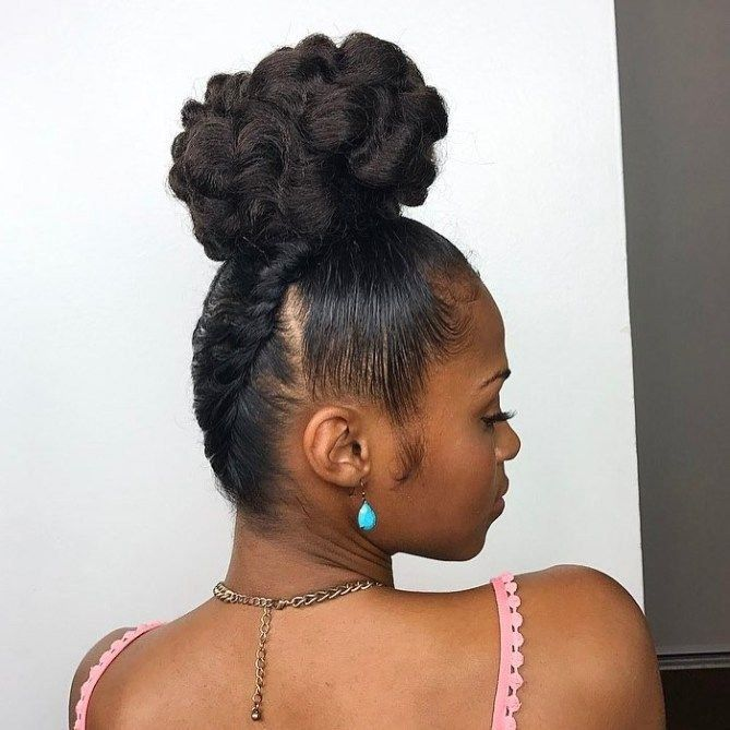 35 Easy and Pretty Top Knot Hairstyles | 1003 in 2020 | Top knot hairstyles, Curly top knot bun ...
