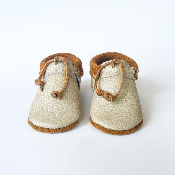 Baby Moccasins Fringeless moccasins