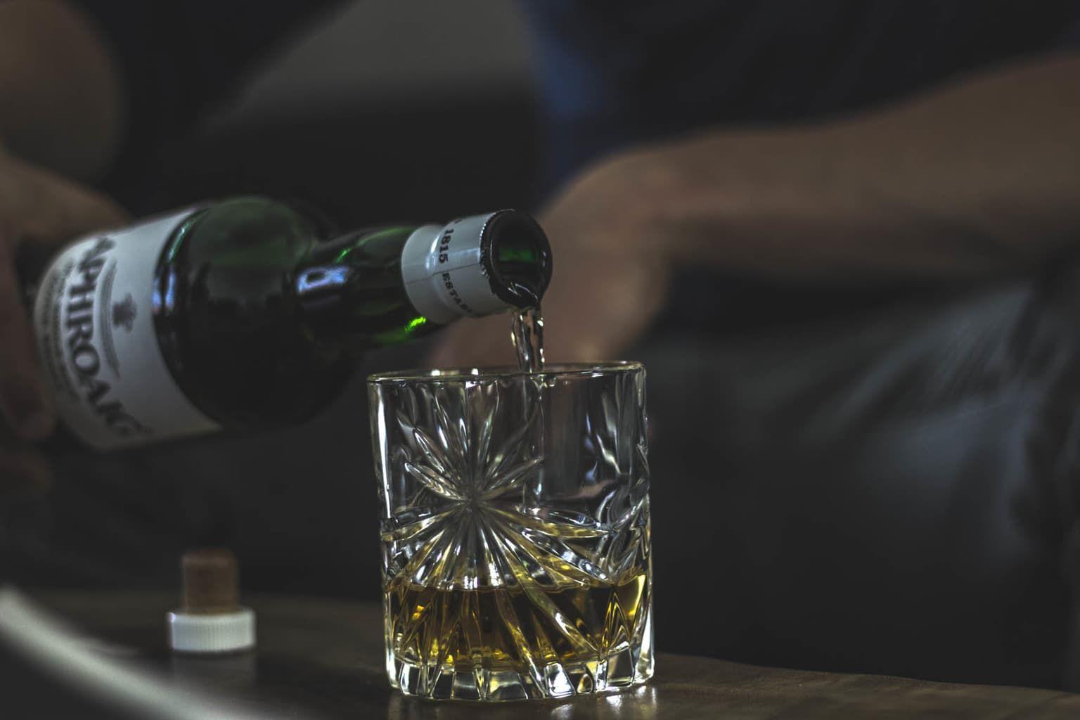 manify-peatedmaltwhisky15  - Deze 4 whisk(e)y's moet je af kunnen 'turfen' - Manify.nl