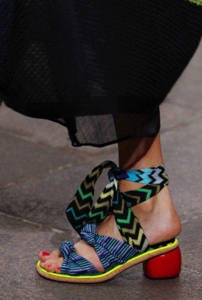 shoe trends, heels, sandals, and pumps