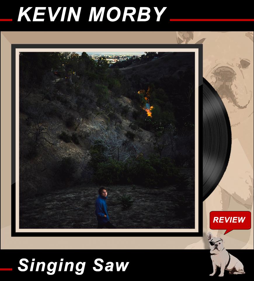 ROCK-N-BLOG - Review: KEVIN MURPHY / Singing Saw http://nixschwimmer.blogspot.com/2016/06/kevin-morby-singing-saw.html .. Morby wütet! Er schreit nicht, aber er drückt seine Wut  in expliziten Stichworten aus, es gibt orchestrale Backing-Vocals, die Trompete bläst zum Marsch gegen das Unrecht und so ziemlich jeder an dem Album beteiligte Musiker marschiert mit. Fulminant, opulent, aber kontrolliert - ergreifend!