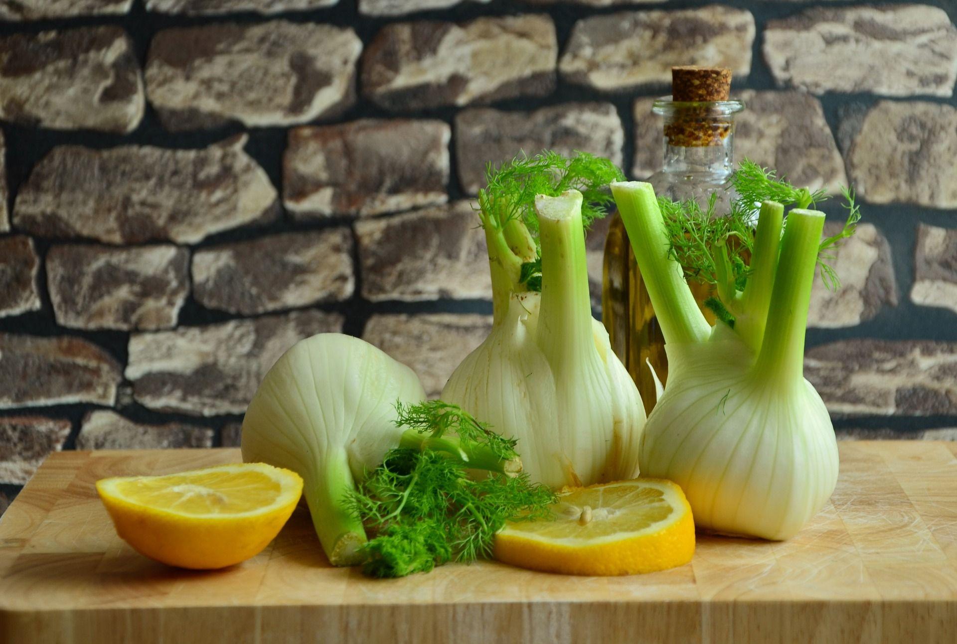 Diete Per Perdere Peso In Un Mese : La dieta del finocchio permette entro un mese di ridurre il gonfiore