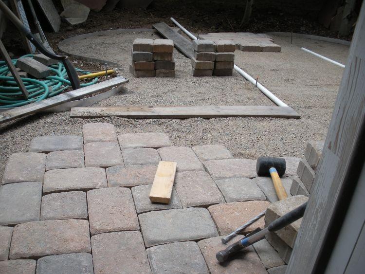 Terrassenplatten Verlegen steinplatten für terrasse terrassenplatten verlegen reinigen tipps