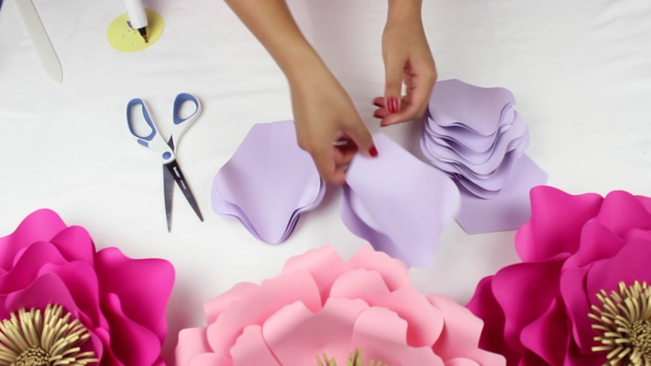 Pin by Craftser on Paper Flowers  Pinterest  Flower backdrop