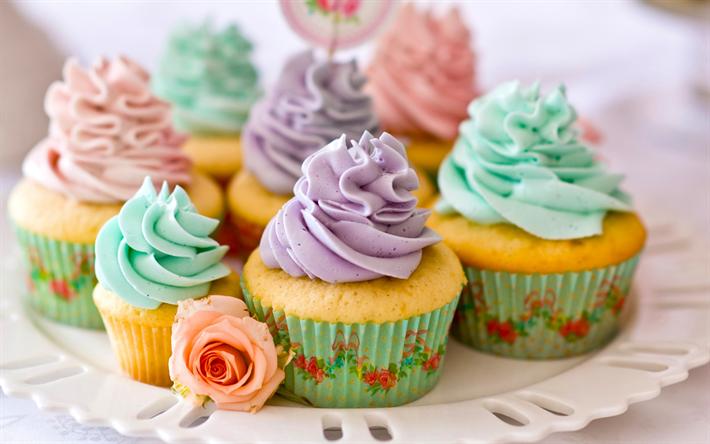 Lataa kuva leivonnaisia, kakkuja, cupcakes, loma kakkuja, jälkiruoka