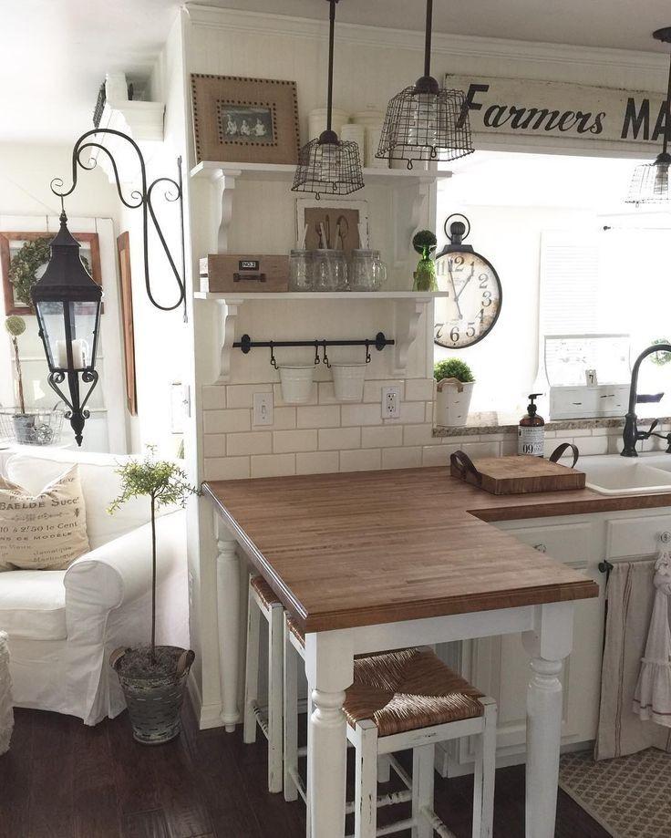 40 pretty farmhouse kitchen makeover design ideas on a budget 22 | lingoistica.com #kitchenmakeovers