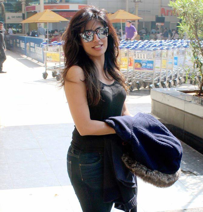 548470ae12d61c Chitrangada Singh at Mumbai Airport. #Bollywood #Fashion #Style #Beauty #Hot  #Sexy
