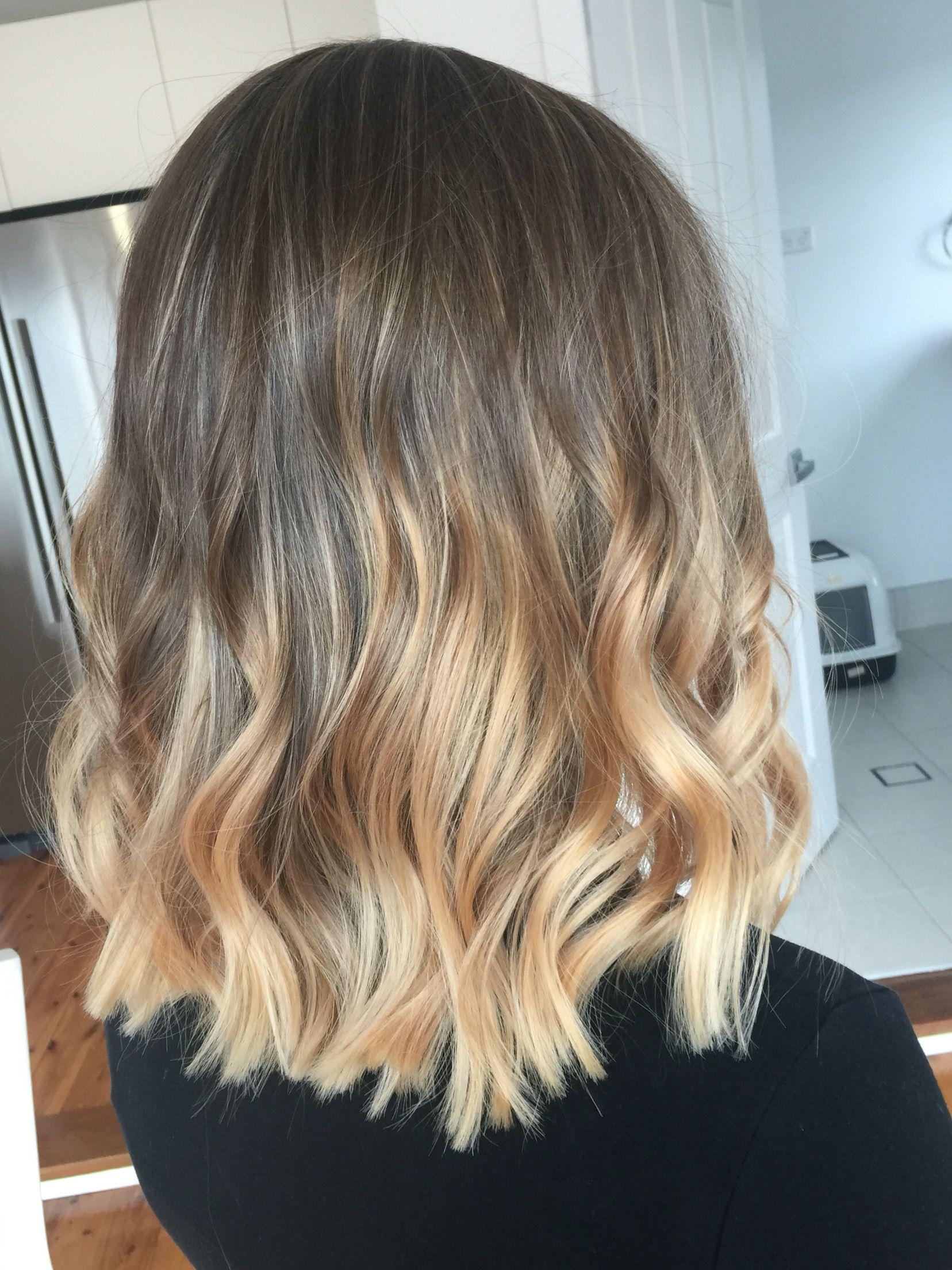Lived In Hair Colour Blonde Brunette Golden Tones Balayage Face