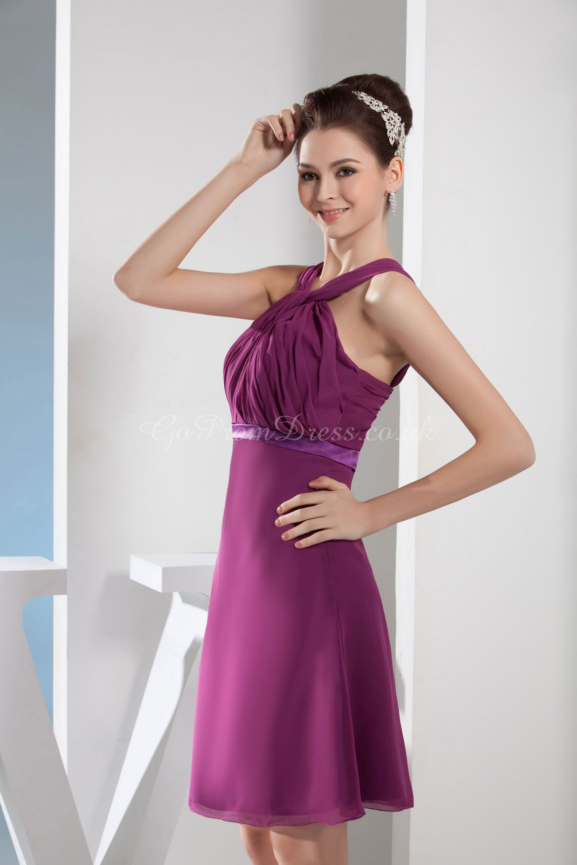 Love the top part of this bridesmaid dress!   Once Upon A Time ...