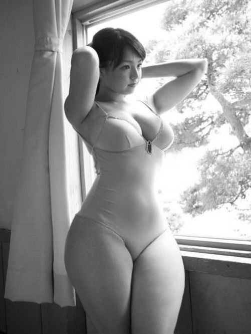 Thick Curvy Asian Girls