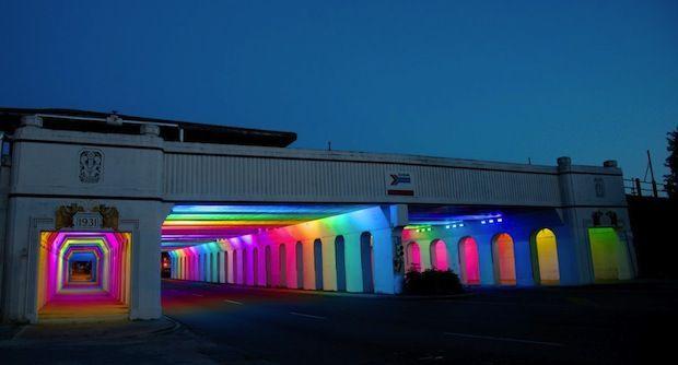installation lumineuse de Bill FitzGibbons