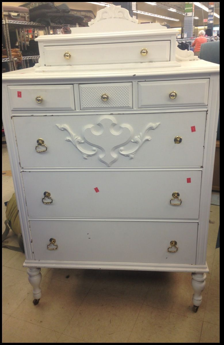 I Purchased This Cute Vintage Dresser At The Goodwill For 42 00 Bucks As Soon