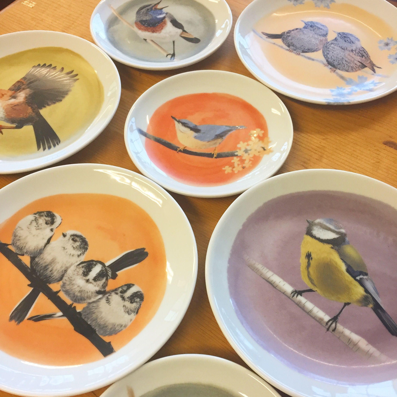 Handmade porcelain plates by Myrte de Zeeuw via LoveMyrte.com