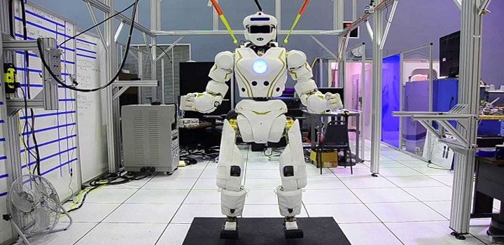 Now get a robot to clean your wet floors  - Read more at: http://ift.tt/1Scm2cC
