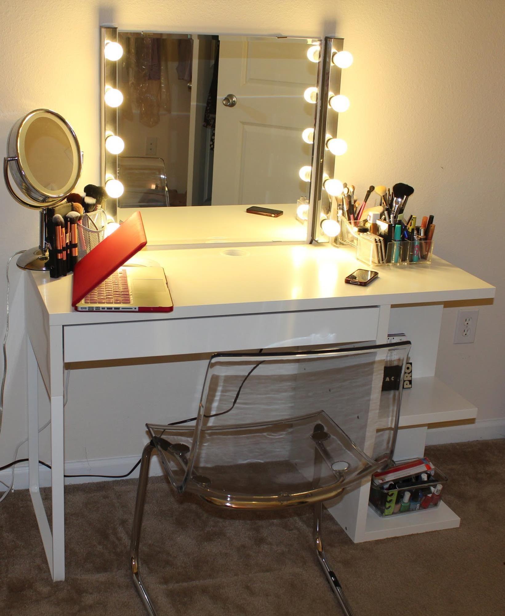 Bedroom Vanity Set With Lights Around Mirror 9   Bedroom ...